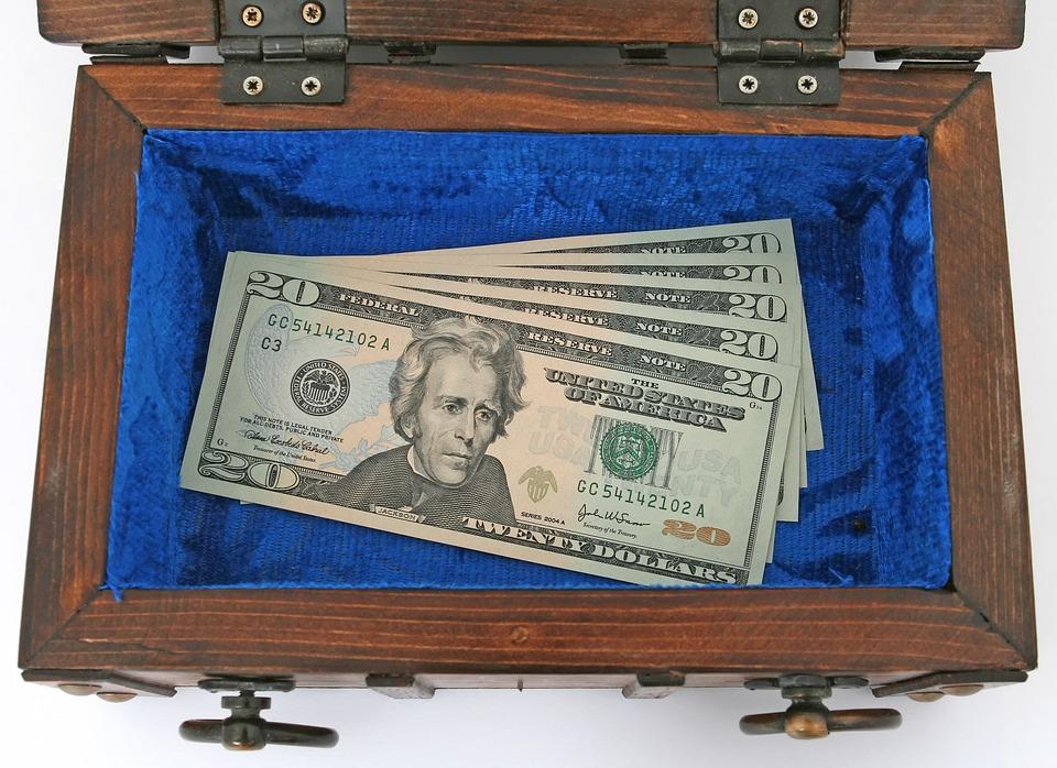 dolary v truhličce