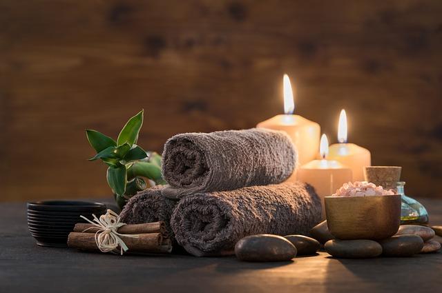 svíčky a ručníky