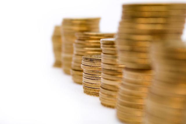 zlaté mince, komínky